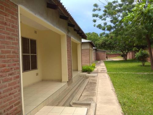 Memories Lodge, TA Katunga