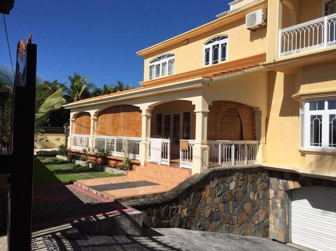 Villa Sarbel,