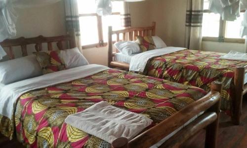 Tembo Safari Lodge, Busongora