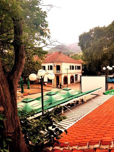 Valandovo Central Hotel,