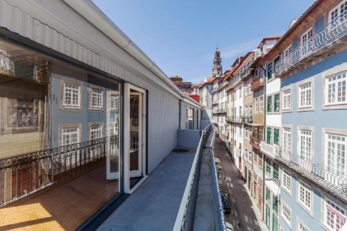 Villa Loios by Casa do Conto, Porto