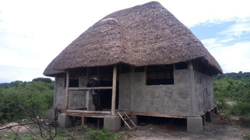 Kabatoro Hostel and Tourist Camp, Busongora