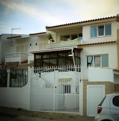 Private studio, with A/c, near airport, university and beach, Faro