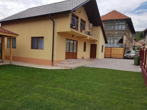 Vila Alma, Calimanesti
