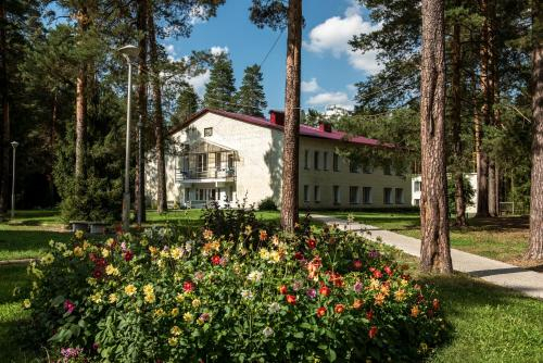 Sanatorium Sosnovy Bor, Orichevskiy rayon