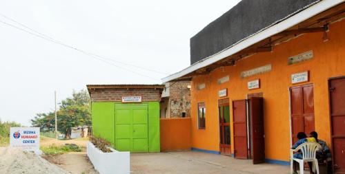 Bizoha Hostel, Busongora