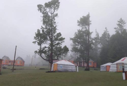 GRAND TOUR CAMP, KHUVSGUL, Mörön
