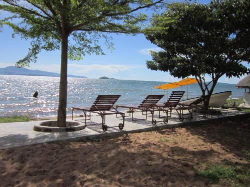 Bimoss Beach Resort, Suba