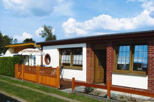 Bungalow Kriesow - DMS02080-B, Mecklenburgische Seenplatte