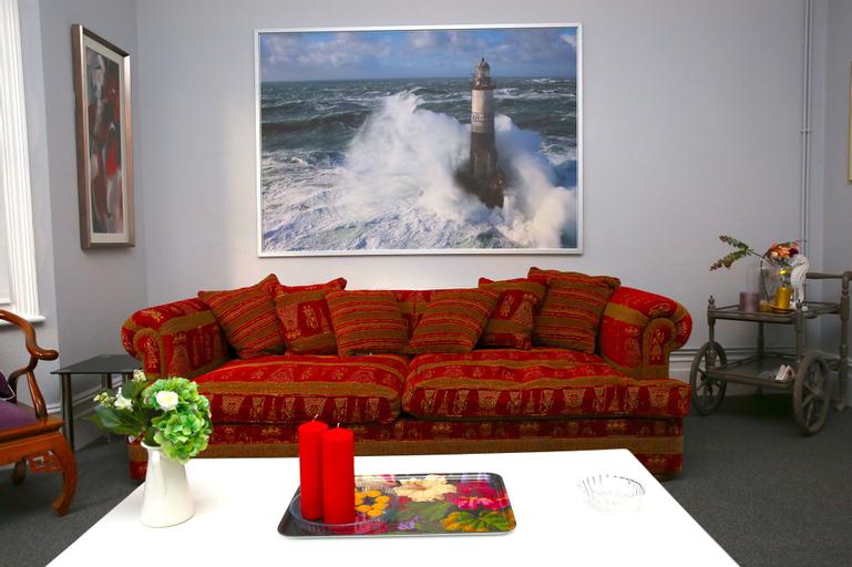 Croydon Luxurious Home, London