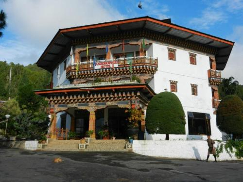 Hotel Zangto Pelri, Guma