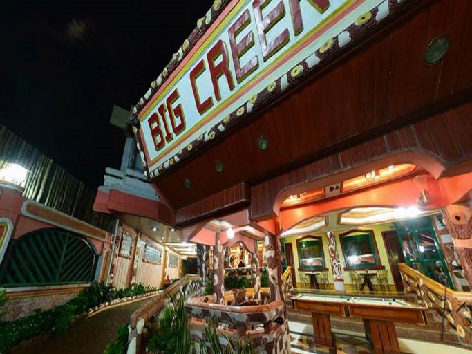 Big Creek Mansion, El Nido