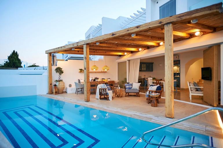 Louis Nausicaa Luxury Villas,
