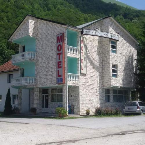 Motel Tara,