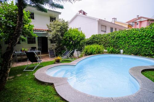 Casa do Castro @ Charming House with Pool, Oeiras