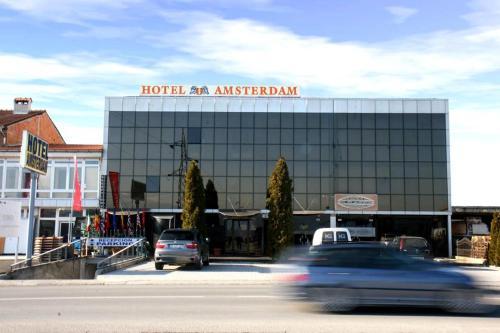 Hotel Amsterdam, Đakovica