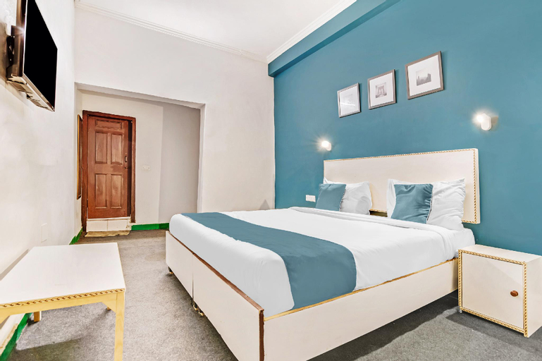 SilverKey Executive Stays 29520 Metro Hospital Noida, Gautam Buddha Nagar