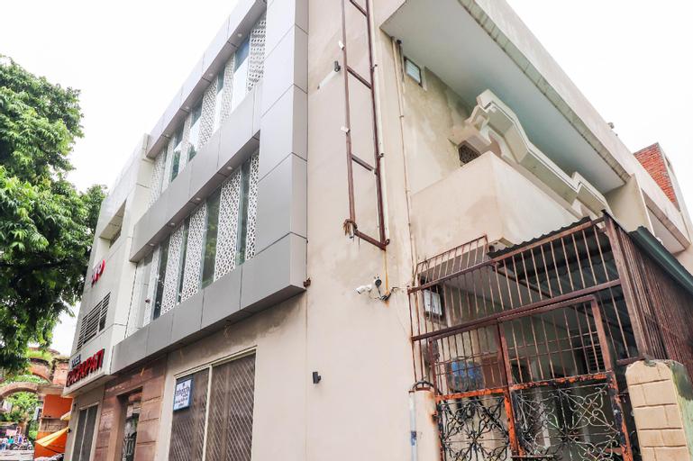 OYO 26781 Hotel Raghupati, Faizabad