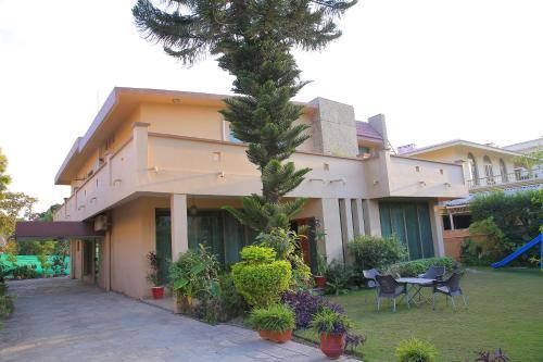 Shawnze House, Islamabad