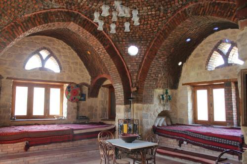 Kom El Dikka Agri Lodge, Yusuf as-Sidiq