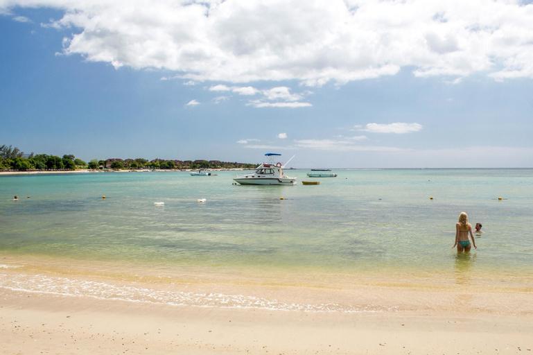 Beach Paradise Villas,