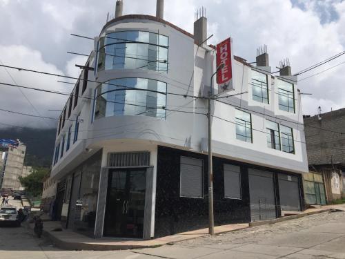 Lucila Hotel, Abancay