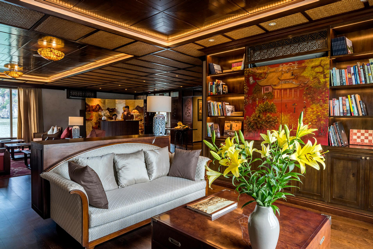 Heritage Line - Ylang Cruise, Hạ Long