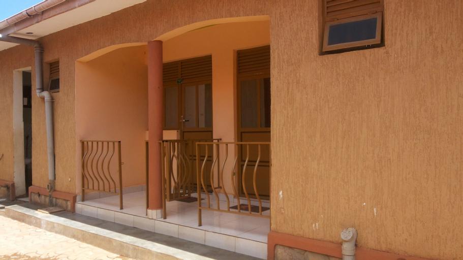 Bayan Hotel, Aringa