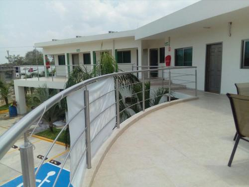 Hotel La Isla, Emiliano Zapata