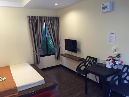 Angie Resort at Sapan Mai, Sai Mai