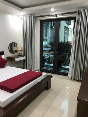 KiM Hotel, Hoàn Kiếm