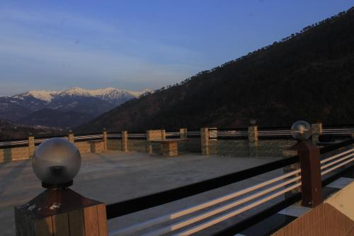 Pine View Hotel and Restaurant, Udhampur