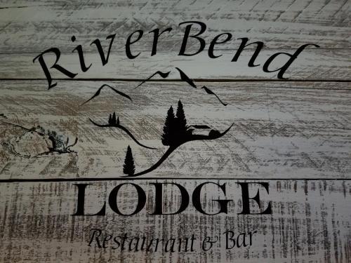 RiverBend Lodge, Transylvania