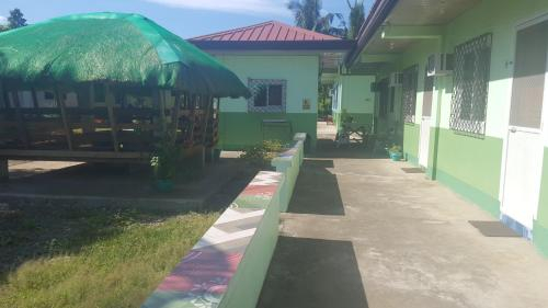 DH Vacation House/Rooms, Alaminos City