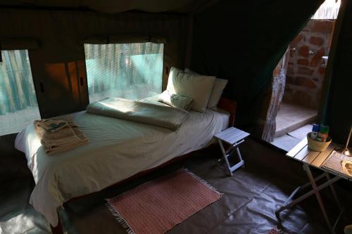 Epupa Camp, Tombwa