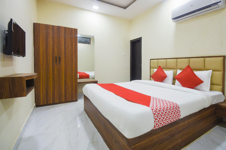 OYO 28789 Hotel Adarsh, Bilaspur