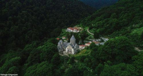 Vanatun Monastery Stay,