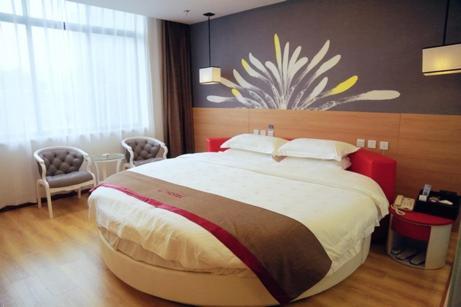 Thank Inn Chain Hotel Jiangsu Zhenjiang Danyang Train Station, Zhenjiang