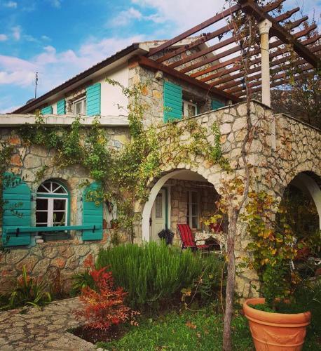 Lake House Oasis Dodosi,