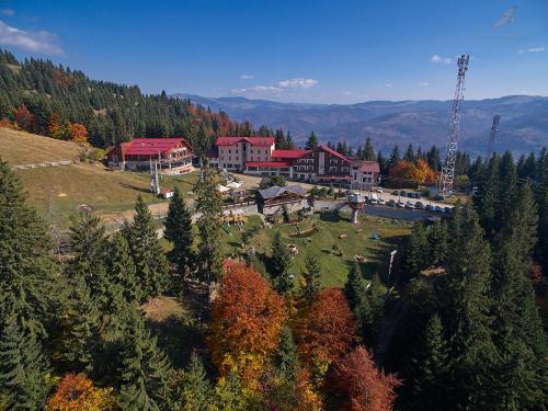 Complex Turistic Alpina Blazna, Sant