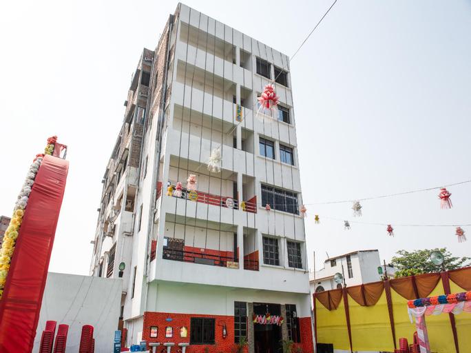 OYO 35616 Hotel Party Zone, Vaishali