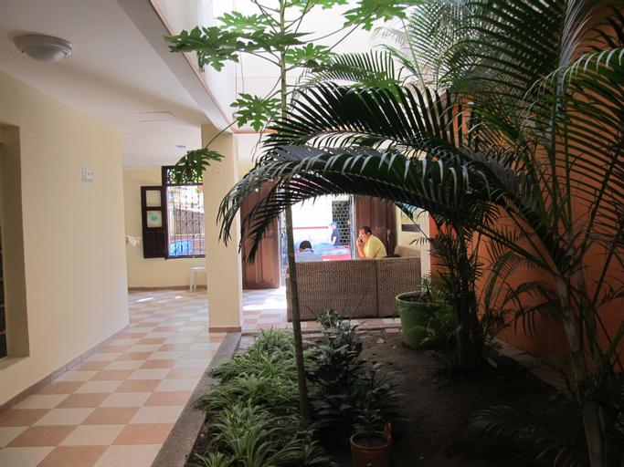 Hostal Solymar, Santa Marta (Dist. Esp.)