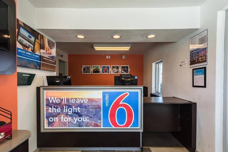 Motel 6, Washoe
