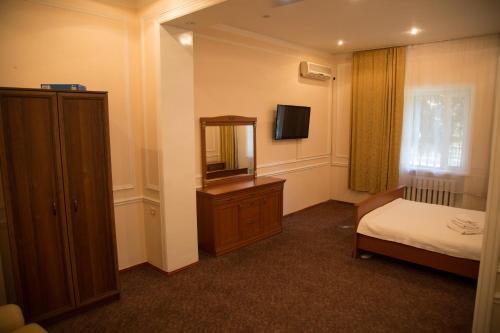 Apartment on Turk Aryk, Qibray
