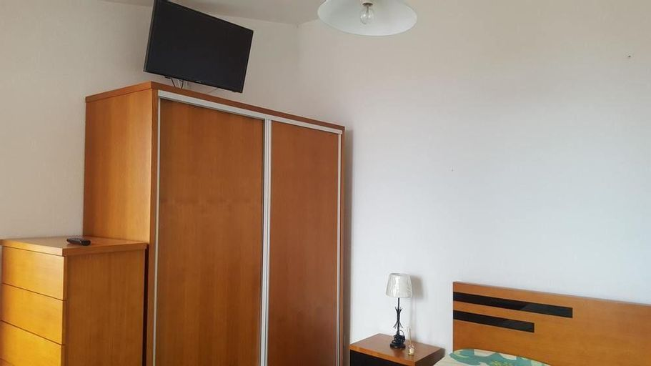 Studio in Funchal, With Wonderful sea View, Furnished Balcony and Wifi, Funchal