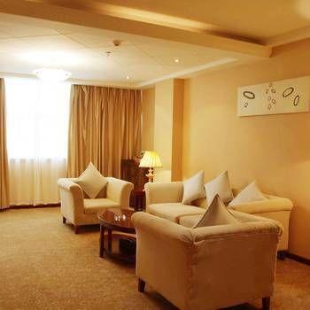 Hongsheng Hotel, Suining