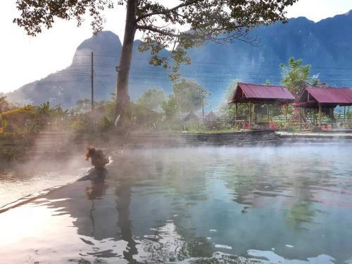 Hot-spring Kasi Resort Laos, Kasy