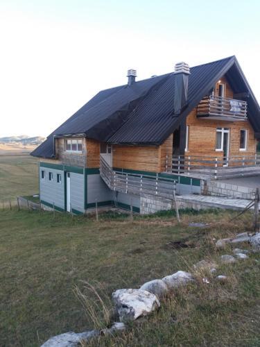 Vacation House Vukcevic,