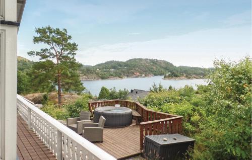 Five-Bedroom Holiday Home in Helgeroa, Porsgrunn