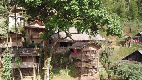Bamboo H'mong House, Sa Pa